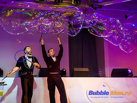 В 2 раза больше пузырей в шоу BubbleMan Galaxy